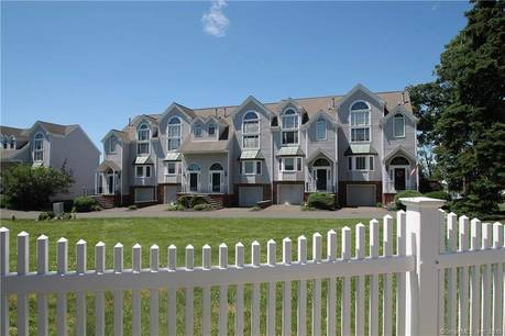 Short Sale: Condo Home Sold in Danbury CT 06810.  townhouse near waterfront with 1 car garage.