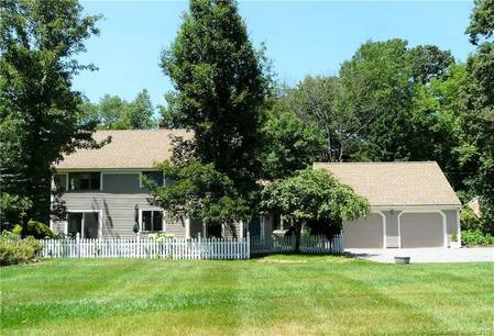 Single Family Home Sold in Newtown CT 06470. Colonial cape cod house near waterfront with 2 car garage.