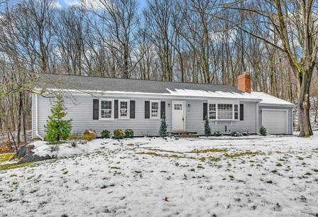 Single Family Home For Sale in Trumbull CT 06611. Ranch house near river side waterfront with 1 car garage.