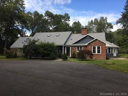 Single Family Home Sold in Bethel CT 06801. Ranch house near lake side waterfront with 3 car garage.
