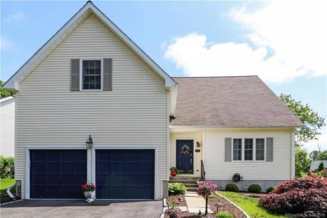 Single Family Home Sold in Shelton CT 06484. Colonial house near beach side waterfront with 2 car garage.