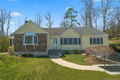 Single Family Home Sold in Greenwich CT 06831. Ranch house near waterfront with 1 car garage.