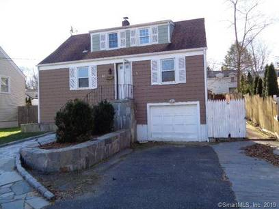 Foreclosure: Single Family Home Sold in Norwalk CT 06850.  cape cod house near waterfront with 1 car garage.