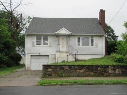 Foreclosure: Single Family Home Sold in Bridgeport CT 06606.  cape cod house near waterfront with 1 car garage.
