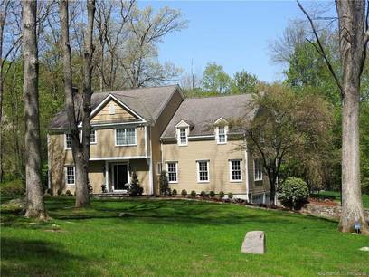 Single Family Home Sold in Ridgefield CT 06877. Colonial house near waterfront with swimming pool and 2 car garage.
