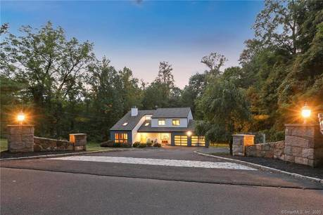 Single Family Home Sold in New Fairfield CT 06812. Contemporary house near waterfront with 2 car garage.