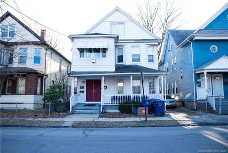 Multi Family Home For Rent in Bridgeport CT 06605. Old colonial house near waterfront.