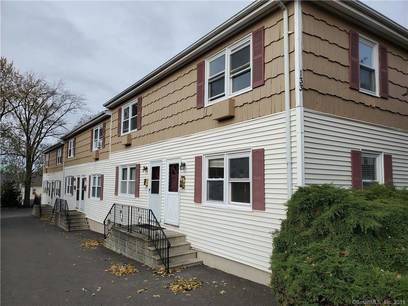 Condo Home For Rent in Stamford CT 06902.  townhouse near beach side waterfront with 2 car garage.