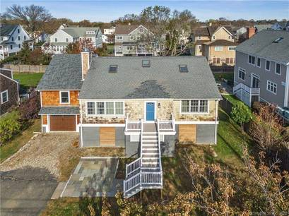 Single Family Home Sold in Fairfield CT 06824. Colonial cape cod house near beach side waterfront with 1 car garage.