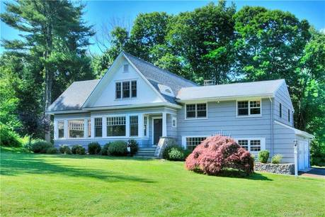 Single Family Home For Sale in New Canaan CT 06840. Colonial cape cod house near waterfront with 2 car garage.