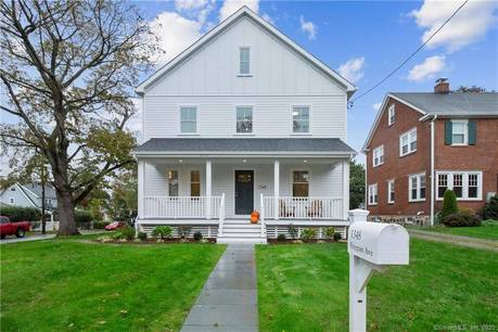 Single Family Home Sold in Stamford CT 06902. Contemporary, colonial house near beach side waterfront with 1 car garage.