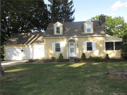 Single Family Home Sold in Brookfield CT 06804.  cape cod house near waterfront with 2 car garage.