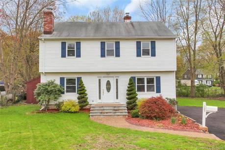 Single Family Home Sold in Stamford CT 06905. Colonial house near waterfront.