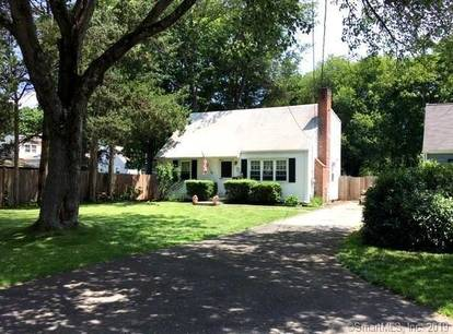 Single Family Home Sold in Norwalk CT 06851.  cape cod house near beach side waterfront with swimming pool.