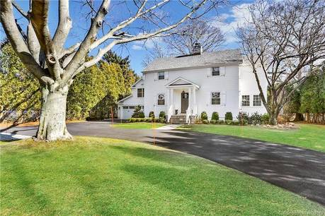 Single Family Home Sold in Norwalk CT 06853. Colonial house near waterfront with swimming pool and 2 car garage.