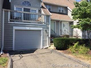 Condo Home For Rent in Stratford CT 06614.  townhouse near waterfront with 1 car garage.