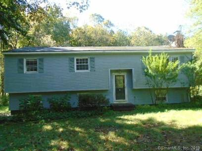Foreclosure: Single Family Home Sold in Newtown CT 06482. Ranch house near waterfront with 2 car garage.