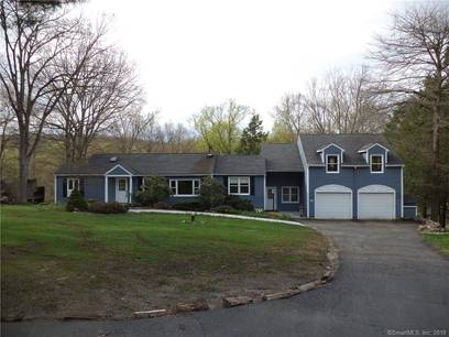 Single Family Home Sold in Danbury CT 06811. Old ranch house near waterfront with 2 car garage.
