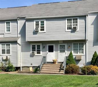 Condo Home Sold in Danbury CT 06811.  townhouse near waterfront with 1 car garage.