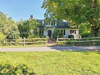 Single Family Home Sold in Redding CT 06896. Old  cape cod house near waterfront with 1 car garage.