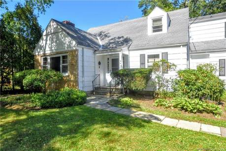 Single Family Home Sold in Stamford CT 06905.  cape cod house near beach side waterfront.