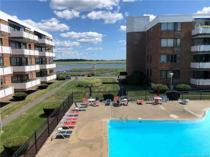 Condo Home For Sale in Stratford CT 06615.  house near river side waterfront with swimming pool.