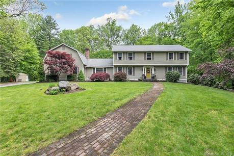 Single Family Home Sold in Stratford CT 06614. Colonial house near beach side waterfront with swimming pool and 2 car garage.