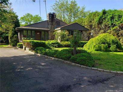 Single Family Home Sold in Westport CT 06880. Ranch bungalow house near waterfront.
