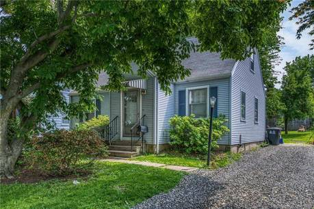 Single Family Home Sold in Stamford CT 06902.  cape cod house near waterfront.