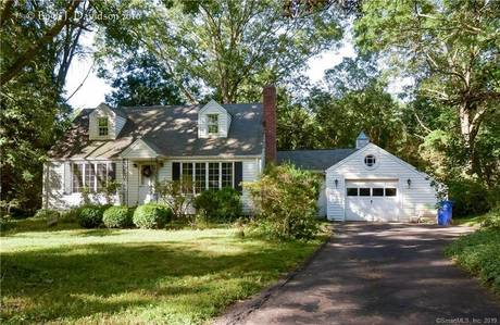 Single Family Home Sold in Norwalk CT 06851.  cape cod house near waterfront with 1 car garage.