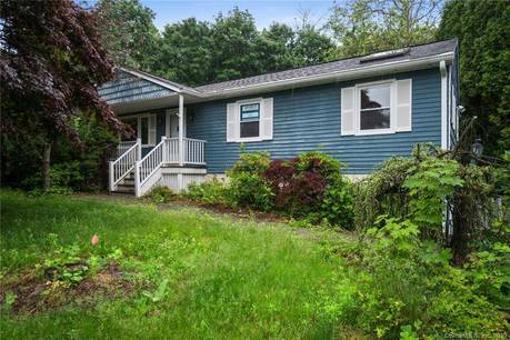 Foreclosure: Single Family Home Sold in Bethel CT 06801. Ranch house near waterfront with swimming pool and 2 car garage.