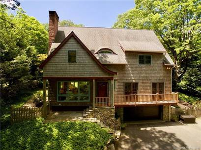 Single Family Home Sold in Redding CT 06896. Contemporary, colonial house near waterfront with 2 car garage.