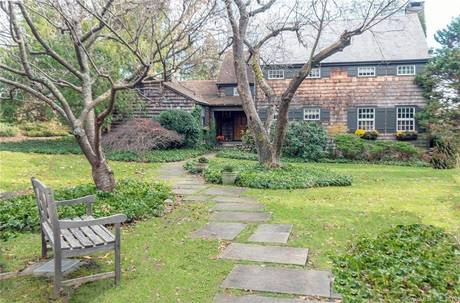 Single Family Home Sold in Wilton CT 06897. Old colonial farm house near waterfront with 2 car garage.