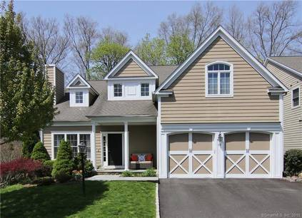 Single Family Home Sold in Stamford CT 06905. Colonial house near waterfront with 2 car garage.