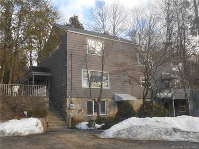Single Family Home Sold in Westport CT 06880. Old colonial house near waterfront with 1 car garage.