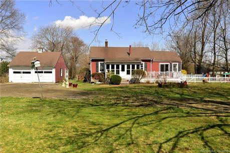 Single Family Home Sold in Stamford CT 06903. Old ranch cape cod house near river side waterfront with swimming pool and 2 car garage.