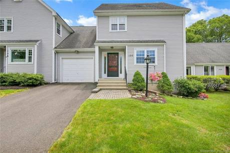 Condo Home Sold in Shelton CT 06484.  townhouse near waterfront with swimming pool and 1 car garage.