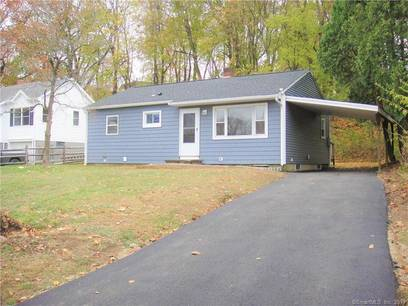 Single Family Home For Sale in Bethel CT 06801. Ranch house near waterfront.