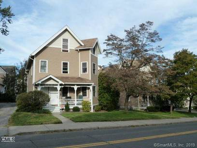 Condo Home Rented in Norwalk CT 06854.  townhouse near waterfront.