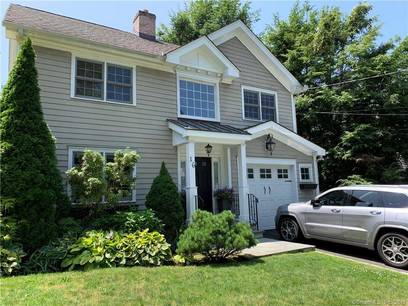Foreclosure: Single Family Home Sold in Greenwich CT 06870. Colonial house near waterfront with 1 car garage.