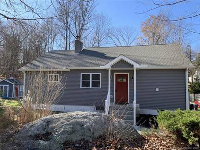 Single Family Home Sold in New Fairfield CT 06812. Ranch house near river side waterfront.