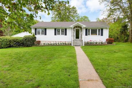 Single Family Home Sold in Trumbull CT 06611. Ranch house near waterfront with swimming pool and 4 car garage.
