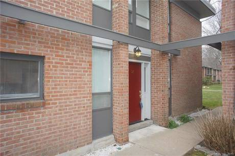 Condo Home Sold in Fairfield CT 06825.  townhouse near waterfront with swimming pool.