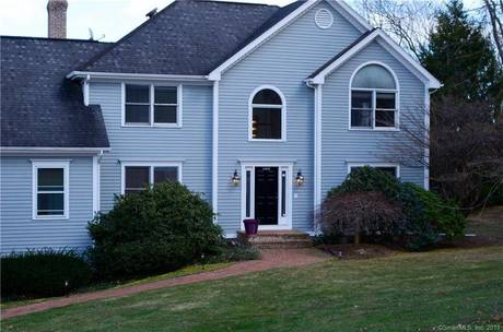 Single Family Home Sold in Stratford CT 06614. Contemporary, colonial house near river side waterfront with swimming pool and 3 car garage.