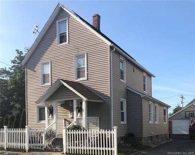 Single Family Home Sold in Bridgeport CT 06607. Old colonial house near waterfront with 2 car garage.