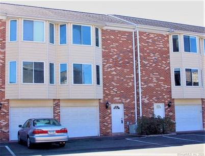 Condo Home For Rent in Stamford CT 06902.  townhouse near waterfront with swimming pool and 1 car garage.
