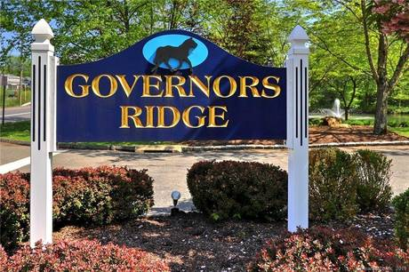 Condo Home Sold in Trumbull CT 06611.  townhouse near waterfront with swimming pool and 2 car garage.