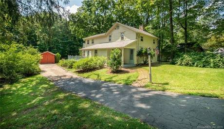Single Family Home Sold in Norwalk CT 06850. Old colonial, antique house near river side waterfront with 1 car garage.