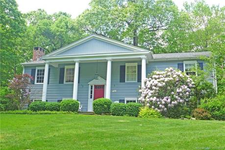 Single Family Home Sold in Redding CT 06896. Contemporary, ranch house near waterfront with 2 car garage.
