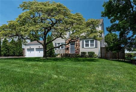 Single Family Home Sold in Stamford CT 06907. Colonial house near waterfront with 2 car garage.